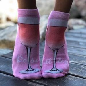 🍷Living Royal Rose' all Day socks 🍷just listed